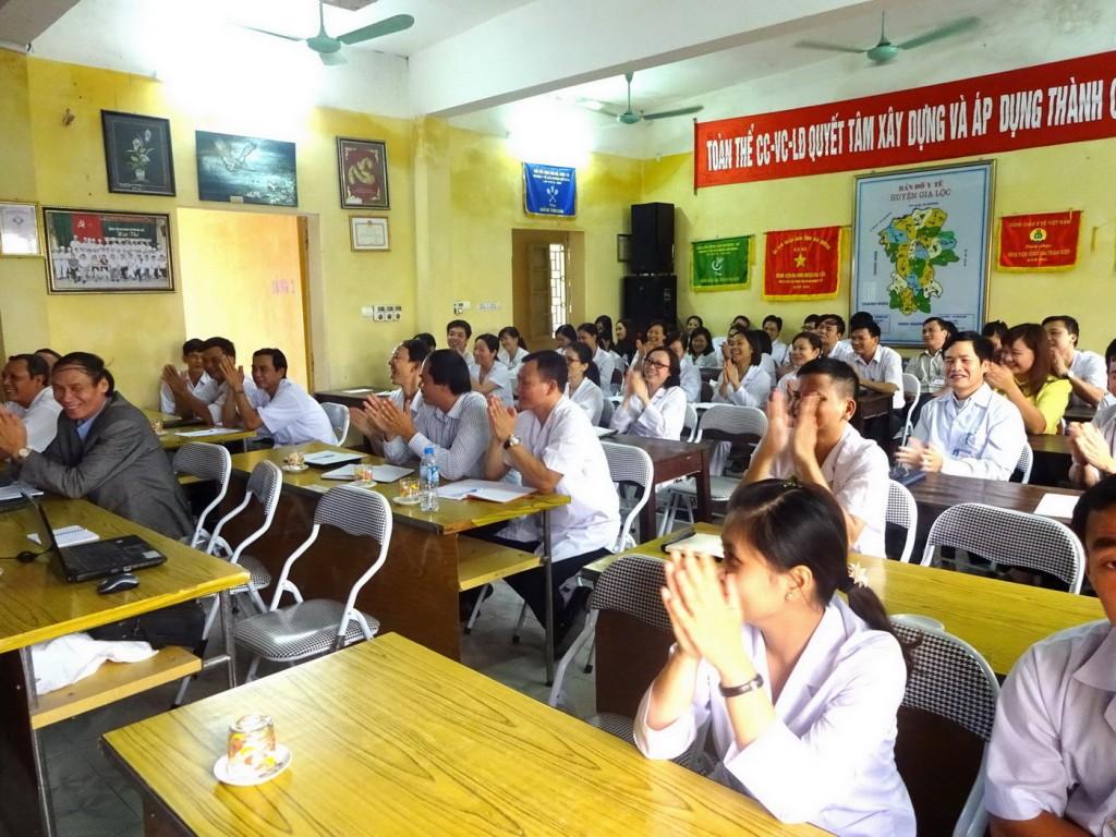 04 TopMan tu van ISO cho Benh vien Gia Loc 1024x768 Bệnh viện Đa khoa Gia Lộc khởi động dự án xây dựng và áp dụng ISO 9001:2008
