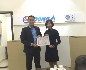 5 TopMan dao tao ISO 9001 2015 cho Dau khi Dong A 300x246 Công ty TNHH Dầu khí Đông Á nhận chứng chỉ ISO 9001:2015
