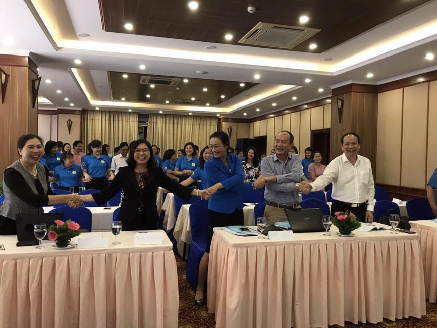 """7 Bao ve Blouse trang cho CS YT mien Bac Tập huấn 5S """"Bảo vệ Blouse trắng"""" cho các cơ sở Y tế miền Bắc"""