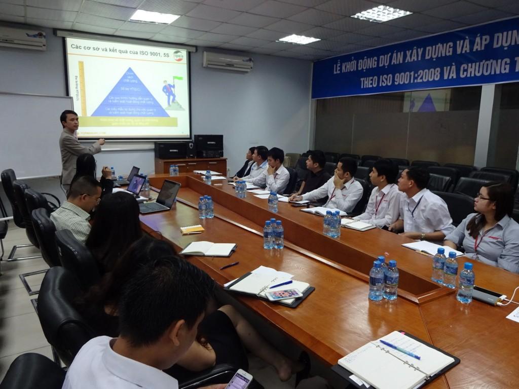 ISO 9001 5S TopMan Anycar 3 1024x768 Ô Tô Anycar Việt Nam triển khai Hệ thống quản lý ISO 9001:2008 và 5S